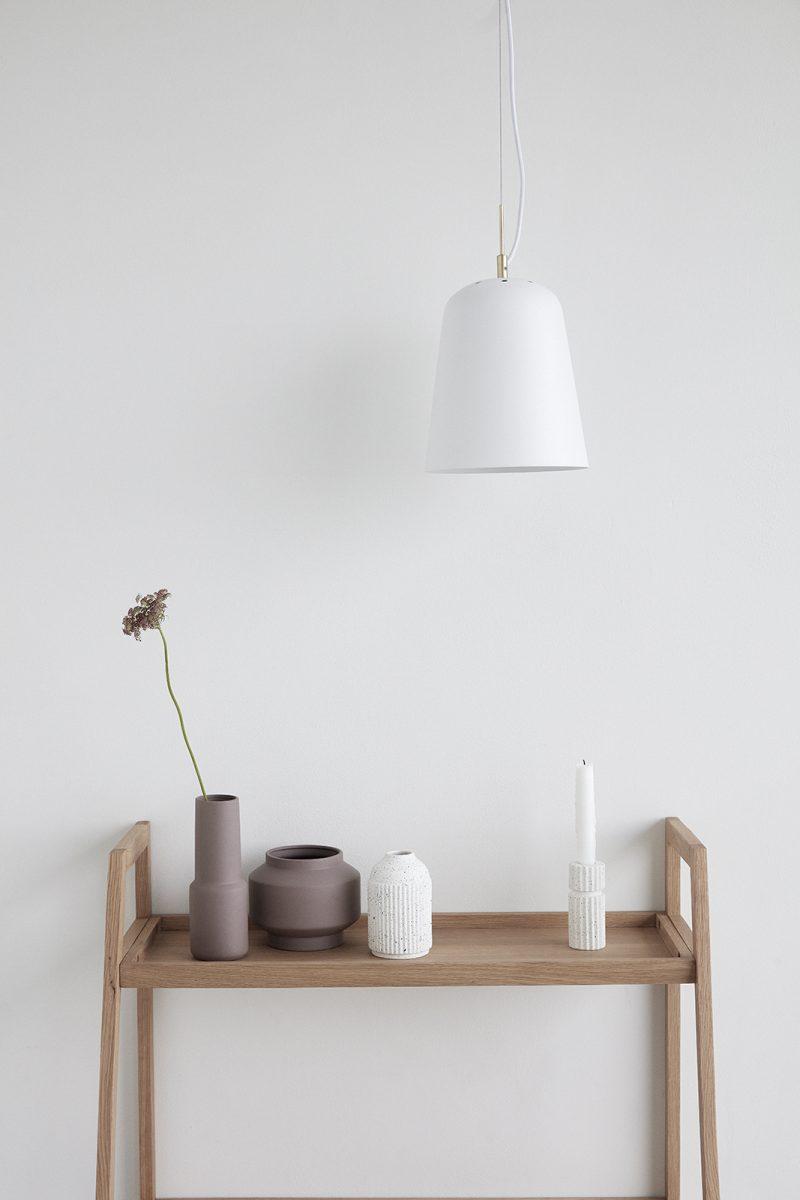 stilleben av krukor och vaser