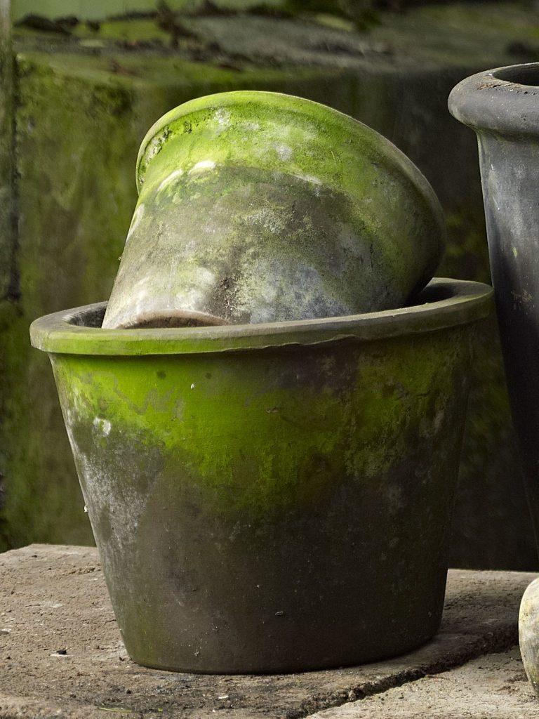 "Patinerade lerkrukor ""Sabina Choko"", 17cm från B Green"