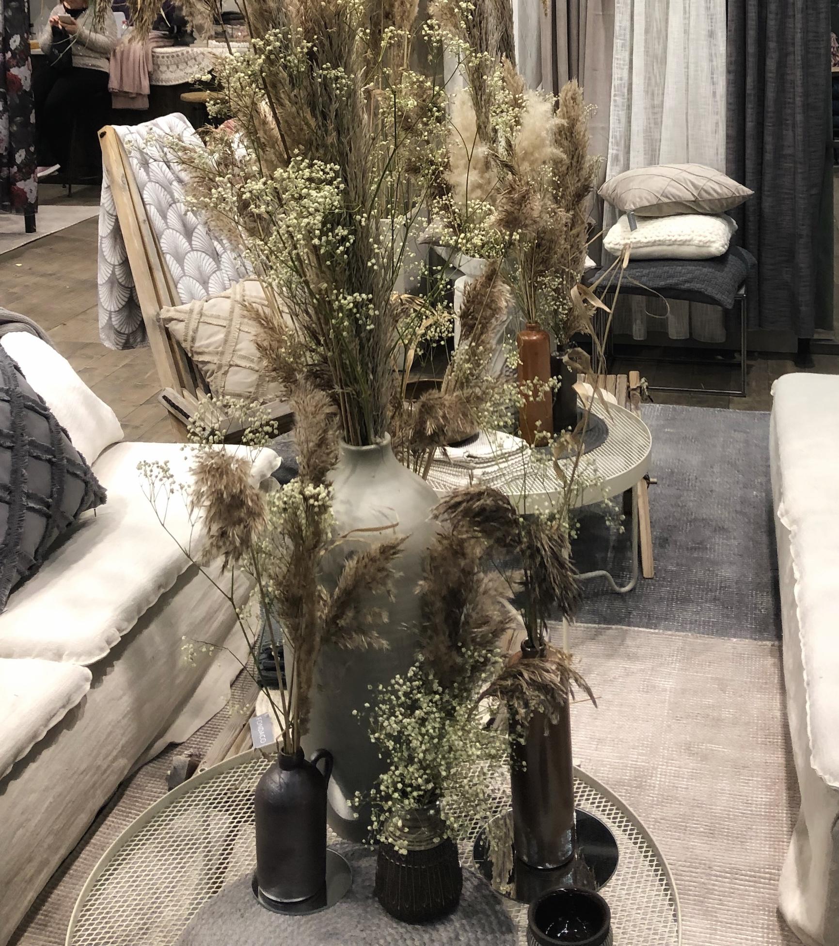 trendiga växter torkade buketter